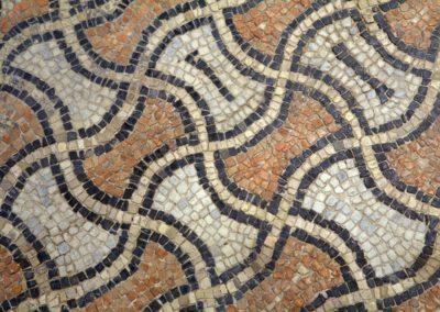 domus-dei-tappeti-di-pietra-particolare-motivo-a-bipenni
